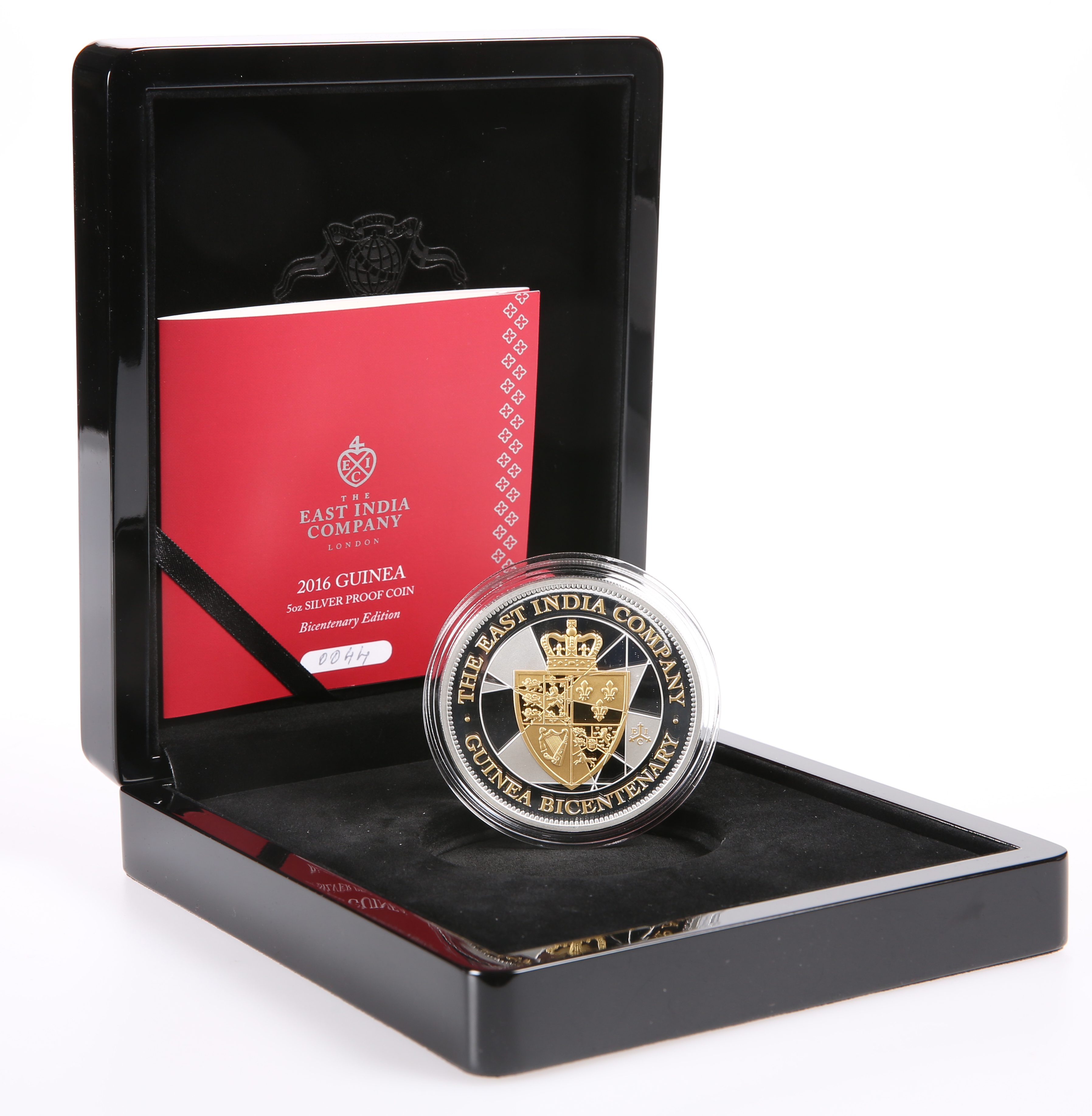 AN EAST INDIA COMPANY 2016 GUINEA 5OZ SILVER PROOF COIN, Bicentenary Edition, boxed with COA no. - Image 2 of 2