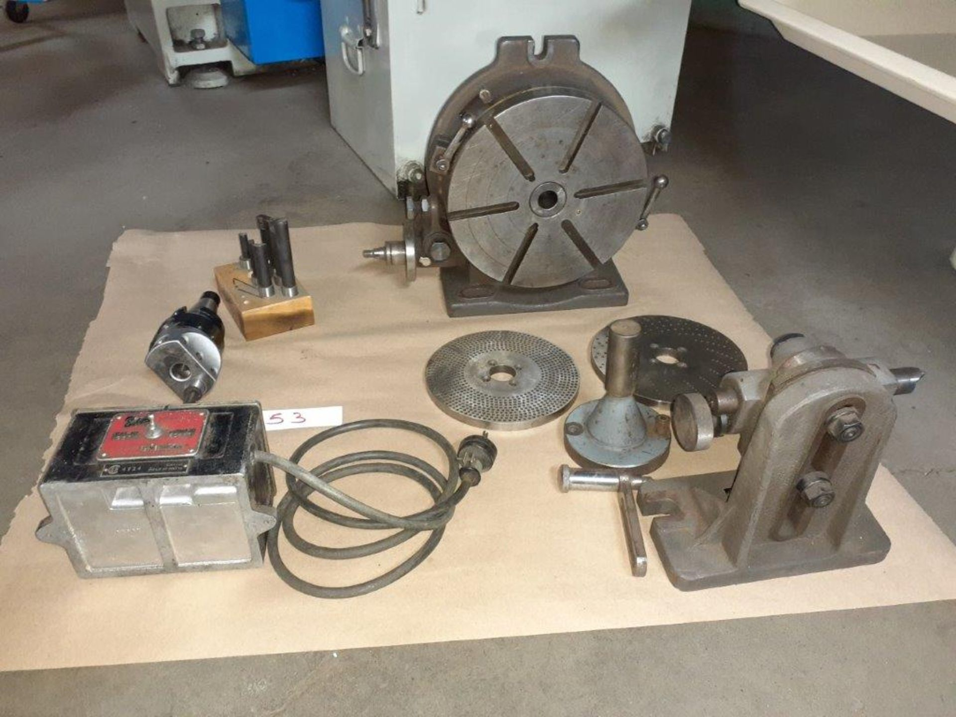 LOT: Assorted Milling Machine Accessories: Dividing Head, Boring Head, (8) Milling Knives, - Image 2 of 2