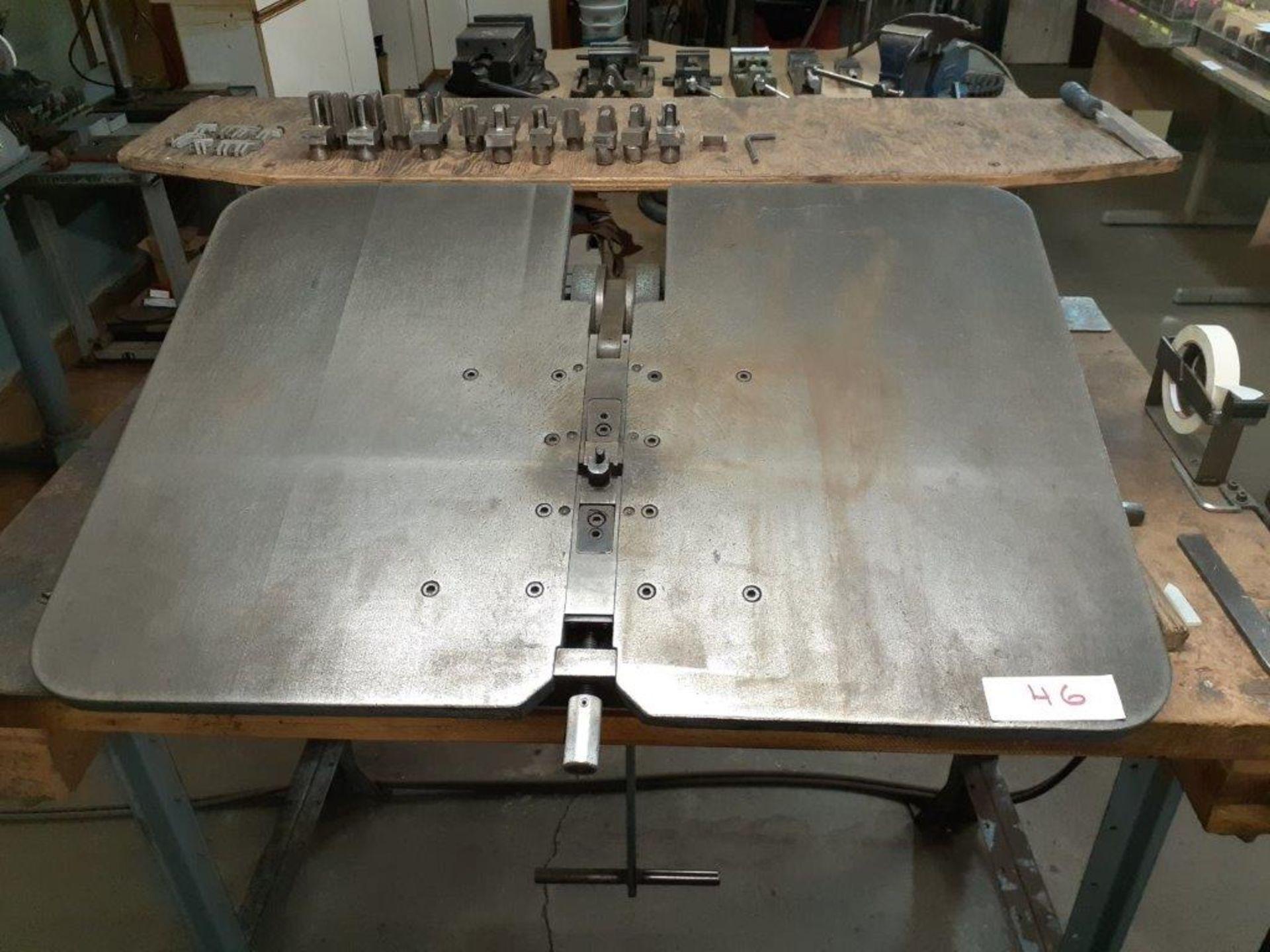 "SANDVIK Heavy Duty Kick Bender, c/w Table (24"" x 33.5"") & Tools - Image 3 of 4"