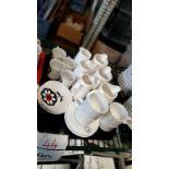 LOT: (6) Pots à lait/crème