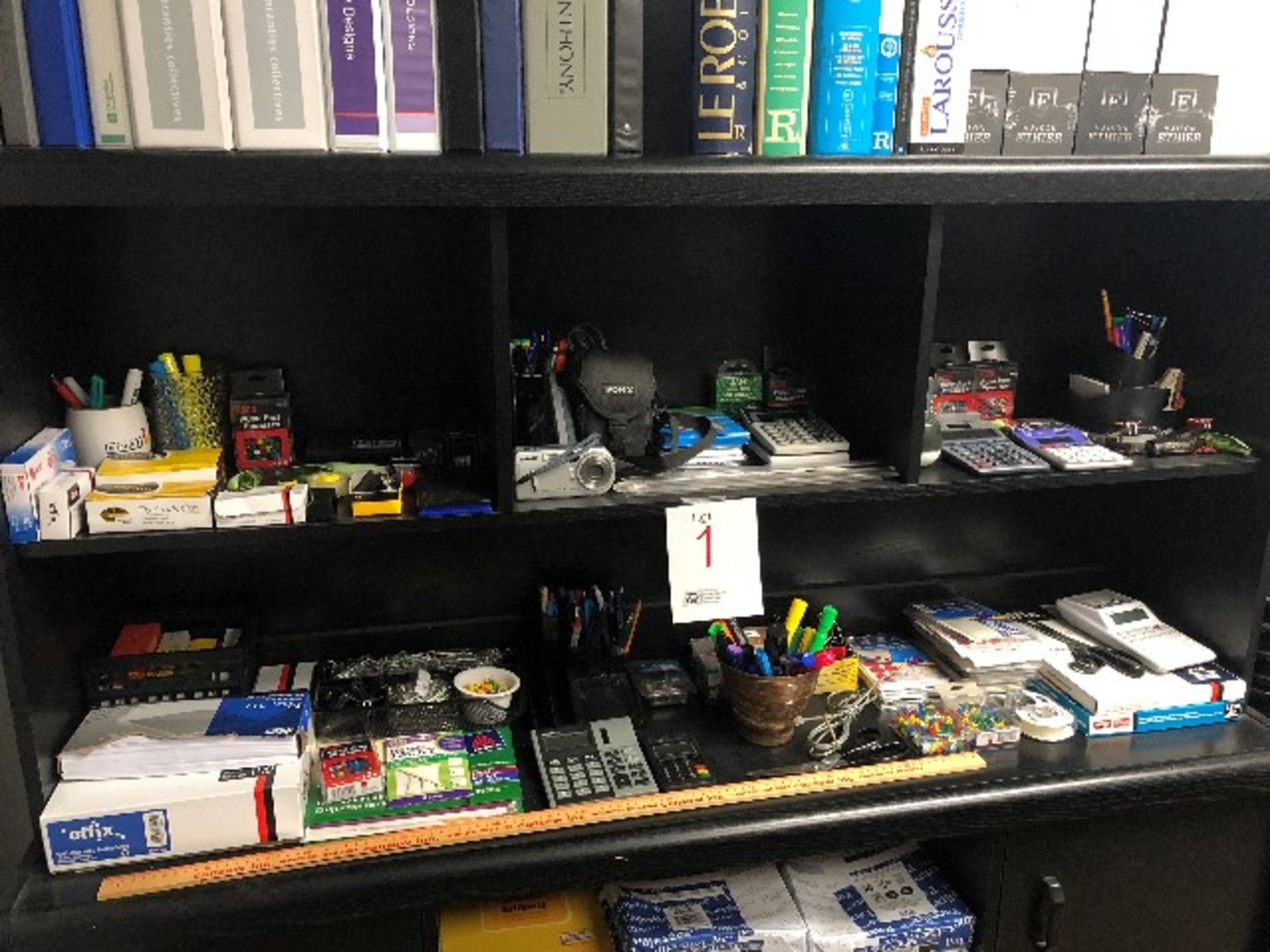 Lot 1 - LOT: Assorted stationaries,papers,labels,etc…