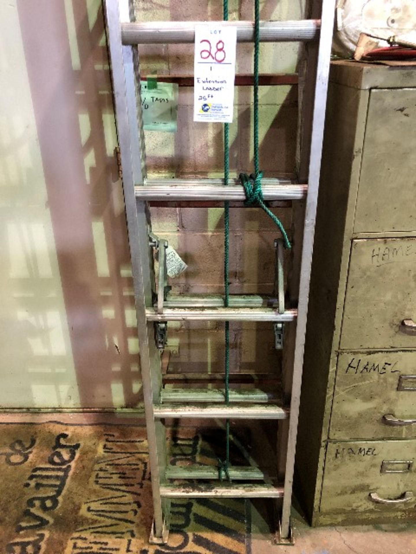 Extension ladder, 25ft - Image 2 of 3