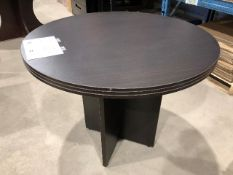 Round table, diameter 36""