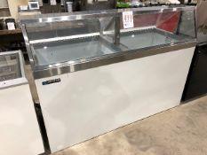 Master-Bilt DD-66 Low Glass Ice Cream Dipping/Display Merchandiser