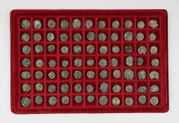 Konvolut römische Münzen77 Stück. Bronze, Alterspatina. Ca. 1.-3. Jh. n. Chr..€ 85