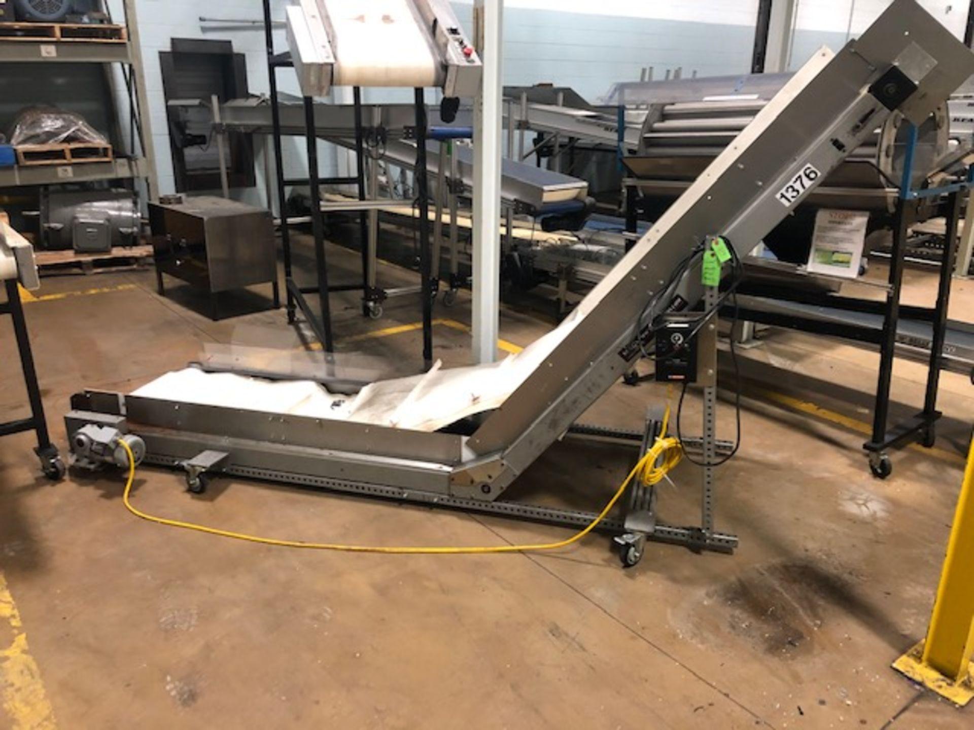 "Lot 19 - MAC 26"" x 11' Cleated Belt Conveyor"