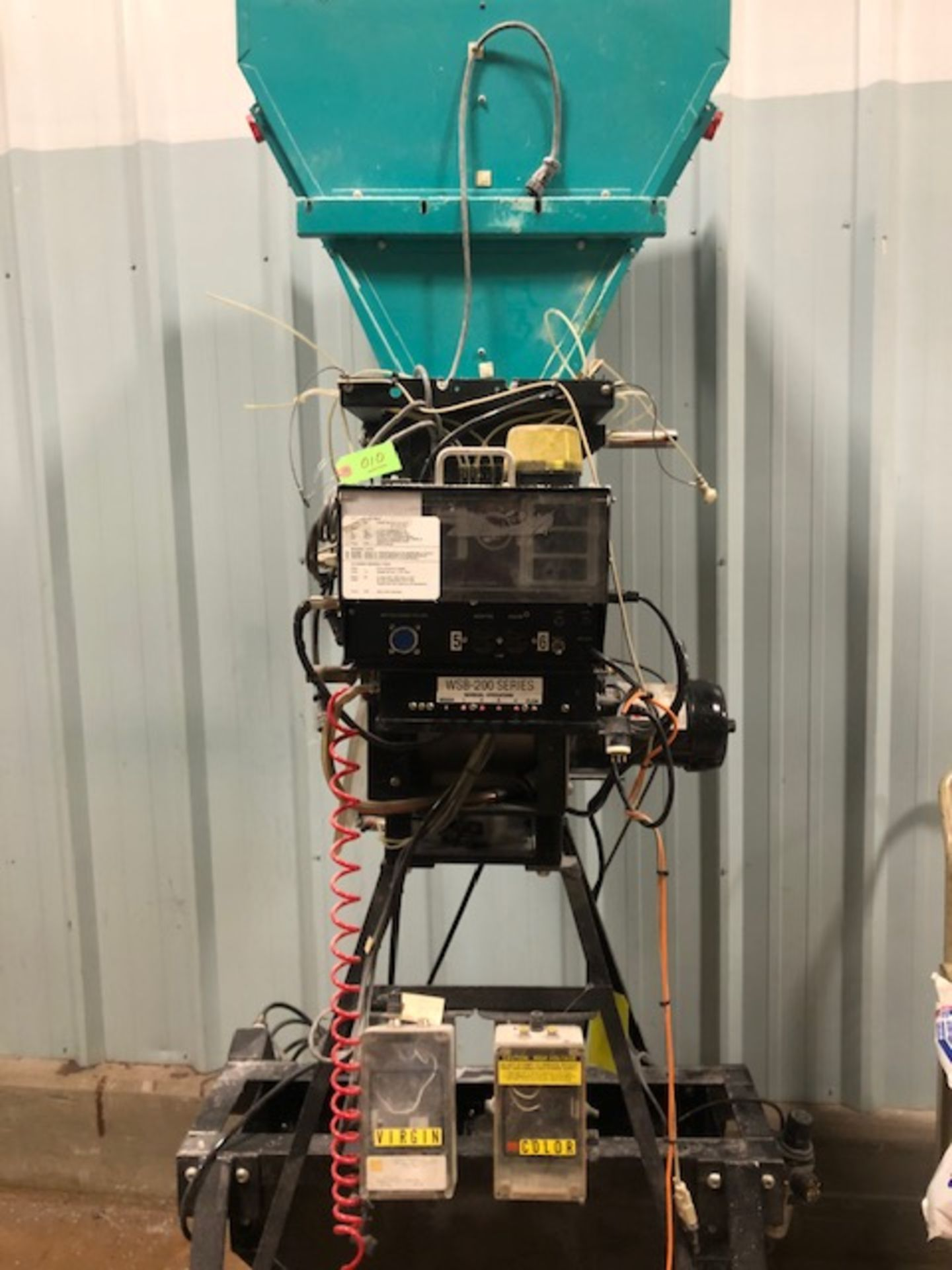 Lot 10 - Maguire Weigh Scale Blender WSB-240R