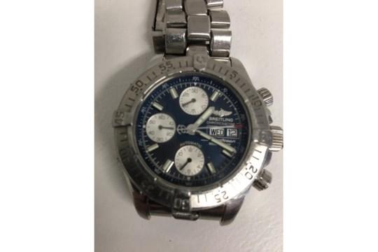 Lot 386 - Breitling Superocean chronograph, automatic movement, original stainless bracelet