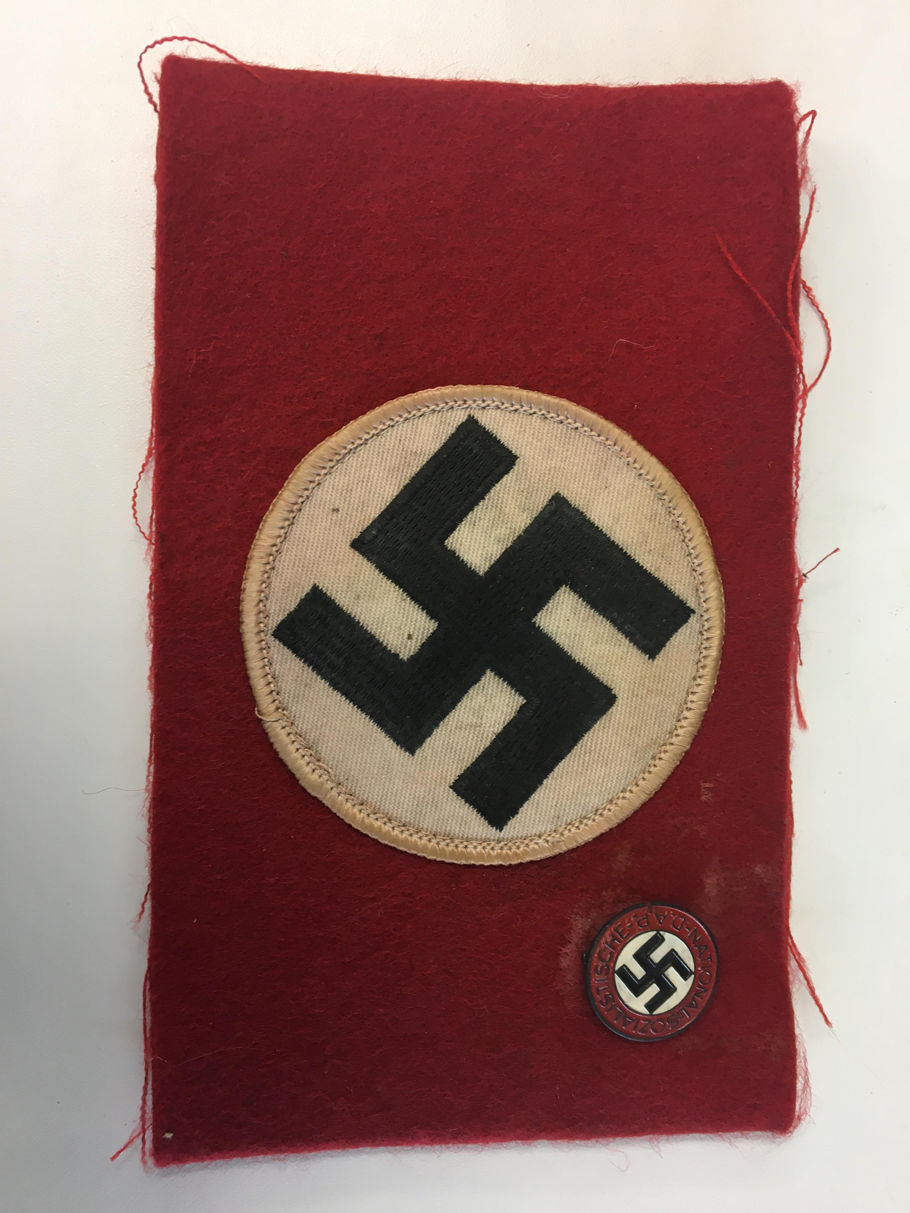 Lot 47 - German party armband and party badge.