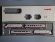 HO Gauge: A MARKLIN 3371 ICE Experimental 4-car passenger train - 3-rail analogue - VG/E in G/VG