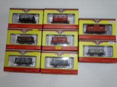 OO Gauge Model Railways: A group of various OXFORD RAIL wagons as lotted - E in VG boxes (8)