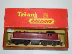 OO Gauge Model Railways: A TRI-IANG R155 RS2 Switcher Diesel locomotive in rare early TRI-IANG
