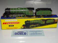 OO Gauge Model Railways: A HORNBY DUBLO 3-rail 3240 Class V2 2-6-2 steam locomotive 'Green Arrow' in