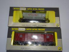 OO Gauge Model Railways: WRENN Model Railways A pair of rarer issue wagons: W5082 'Sykes' Hopper