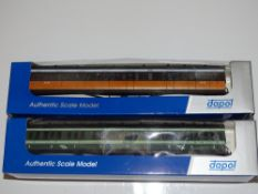 OO Gauge Model Railways: A pair of DAPOL / MARKS MODELS Irish composite coaches in CIE and 'Flying