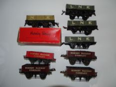 O Gauge Model Railways: A group of HORNBY SERIES wagons to include 4 x M1 LNER wagons (one boxed)