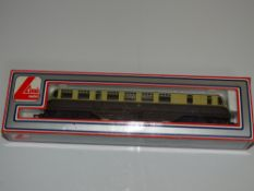 OO Gauge Model Railways: A LIMA GWR Diesel Railcar in GWR brown/cream livery - numbered 22 - VG in G