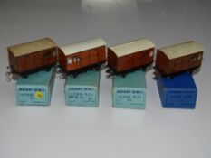 OO Gauge Model Railways: A group of HORNBY DUBLO pre and early post war 3-rail LNER horse boxes -