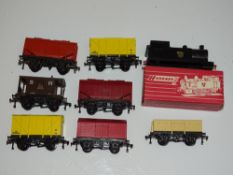 OO Gauge Model Railways: A group of HORNBY DUBLO wagons fitted with the plastic chassis introduced