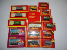 OO Gauge Model Railways: A group of various HORNBY wagons as lotted - VG in G/VG boxes (17)