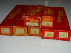 OO Gauge Model Railways: A group of rare TRI-ANG accessories including a number of trade packs of