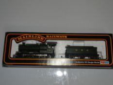 OO Gauge Model Railways: A MAINLINE GWR 2251 Class 'Collett Goods' steam locomotive in GWR green