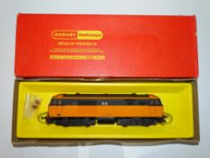 OO Gauge Model Railways: A HORNBY R768 Hymek Diesel locomotive in Irish CIE orange and black