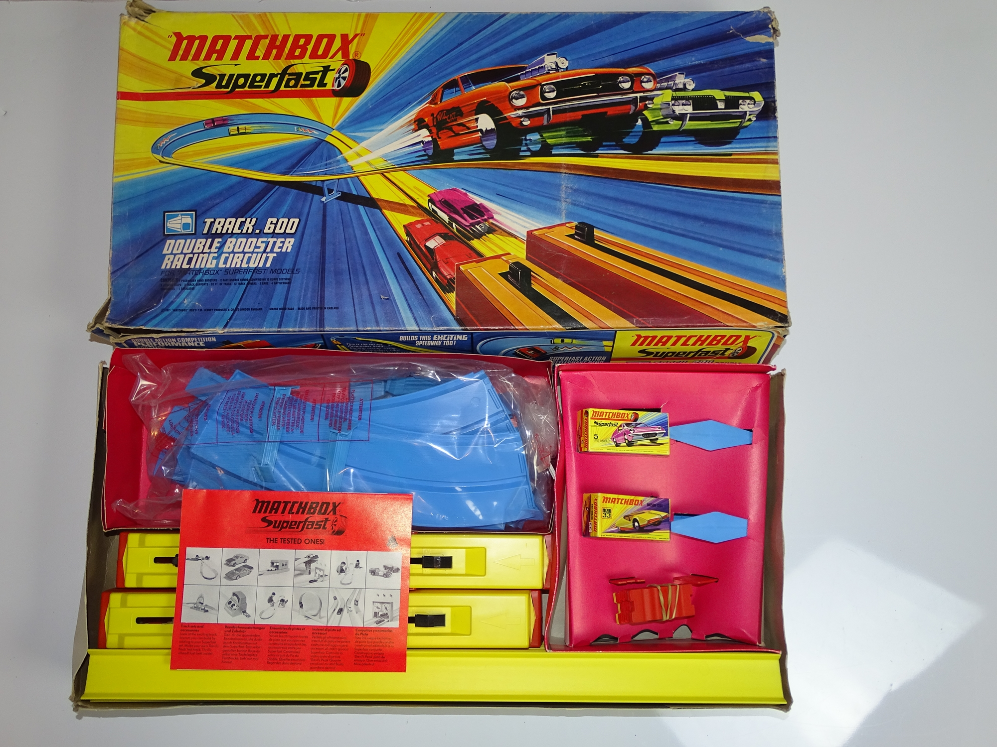 Lot 10 - A MATCHBOX SUPERFAST Track 600 Double Booster Racing Circuit Set - appears complete and unused