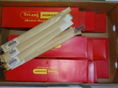OO Gauge Model Railways: A quantity of TRI-ANG catenary starter and extension kits (12) together