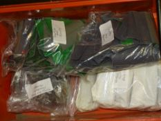 OO Gauge Model Railways: A large quantity of parts for the WRENN Horse Box Van including rooves