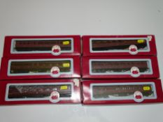 OO Gauge Model Railways: A group of DAPOL LMS coaches as lotted - G/VG in F/G boxes (6)