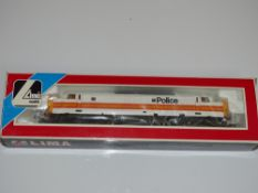 OO Gauge Model Railways: A LIMA Class 37 Diesel locomotive in Police Livery - un-numbered - VG in