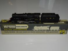 OO Gauge Model Railways: A WRENN W2225 Class 8F locomotive in LMS black livery numbered 8042. VG