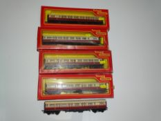 OO Gauge Model Railways: A group of TRI-ANG Railways 'Caledonian' coaches - mostly boxed - G/VG in