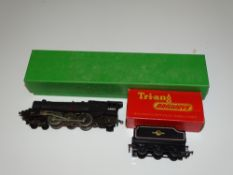 OO Gauge Model Railways: A TRI-ANG R50 / R30 'Princess Elizabeth' steam locomotive and tender -