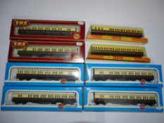 OO Gauge Model Railways: A group of suburban coaches in GWR livery by AIRFIX & FARISH - G/VG in G