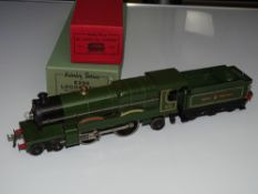 O Gauge Model Railways: A HORNBY SERIES No.3 4-4-2 steam locomotive 'Caerphilly Castle' 3-rail 20V