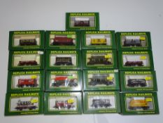 OO Gauge Model Railways: A group of REPLICA wagons as lotted - VG/E in G/VG boxes (17)