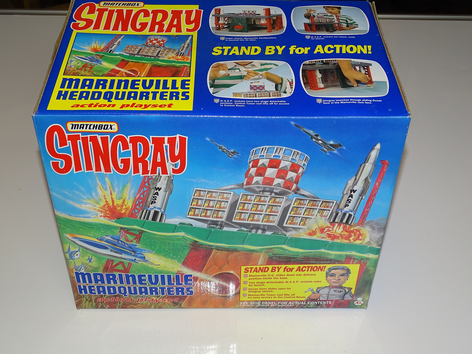 Lot 17 - A MATCHBOX STINGRAY (GERRY ANDERSON) MARINE VILLE Headquarters play set - as new - boxed - VG/E in