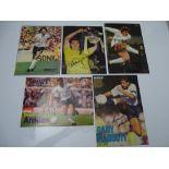 AUTOGRAPHS: 1960S /1980S FOOTBALLERS - TOTTENHAM HOTSPUR 'SPURS' FOOTBALL CLUB: A selection of 5