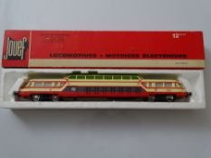 HO GAUGE MODEL RAILWAYS: A JOEUF French Outline Autorail Panoramique Railcar - G/VG in G box
