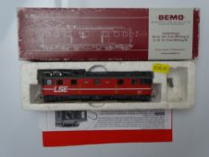 HOm GAUGE MODEL RAILWAYS: A BEMO HOm 1246 602 Swiss Outline Deh 4/6 electric baggage car in LSE