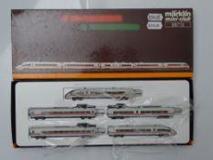 Z GAUGE MODEL RAILWAYS: A MARKLIN mini-club 88713 5 car ICE 2 set in NS livery - VG in G/VG box