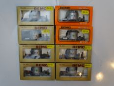 HOm GAUGE MODEL RAILWAYS: A group of BEMO HOm (12mm) tank wagons all in RhB livery - G/VG in G boxes