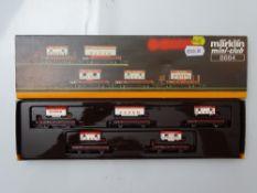 Z GAUGE MODEL RAILWAYS: A MARKLIN mini-club 8664 'Barum' Circus train wagon pack - VG in G/VG box