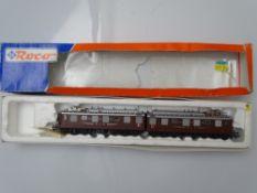 HO GAUGE MODEL RAILWAYS: A ROCO 69880 Swiss Outline 3 rail AC Ae8/8 Double Electric locomotive in