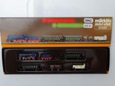 Z GAUGE MODEL RAILWAYS: A MARKLIN mini-club 81420 Baden State Railway passenger and freight train