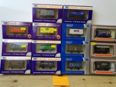 OO GAUGE MODEL RAILWAYS: A group of boxed DAPOL wagons as lotted - VG/E in G/VG boxes (14) #10