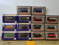 OO GAUGE MODEL RAILWAYS: A group of boxed DAPOL wagons as lotted - VG/E in G/VG boxes (14) #15