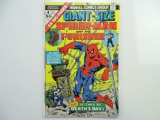 GIANT-SIZE SPIDER-MAN & PUNISHER # 4 (1975 - MARVEL - Cents Copy) - Third appearance of the Punisher